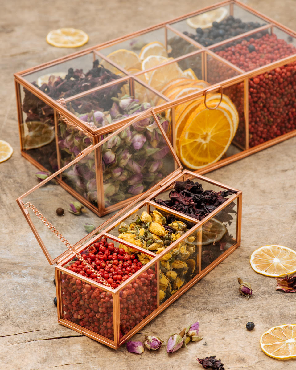 kofer. box of spices - small 1