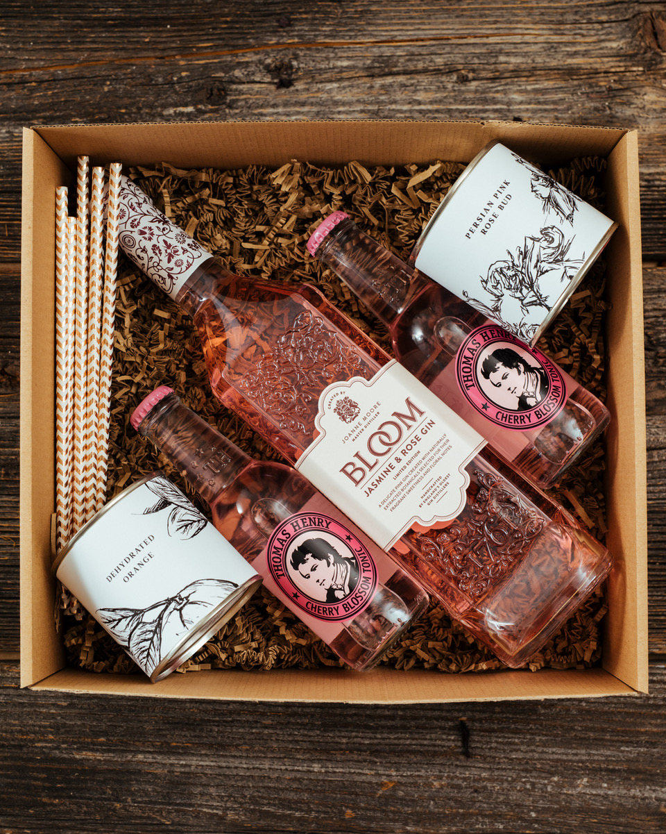 Bloom Jasmine & Rose Gin Box 1